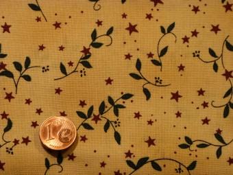 tissu patchwork noel fond beige petites fleurs rouges et feuillage vert. Black Bedroom Furniture Sets. Home Design Ideas