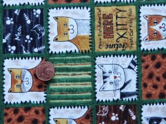 Tissu patchwork marron, vert, beige et gris