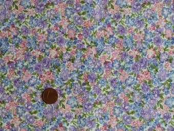 Tissu patchwork violet, bleu, rose et vert