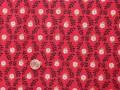 Tissu patchwork rouge, noir, bleu, vert et blanc